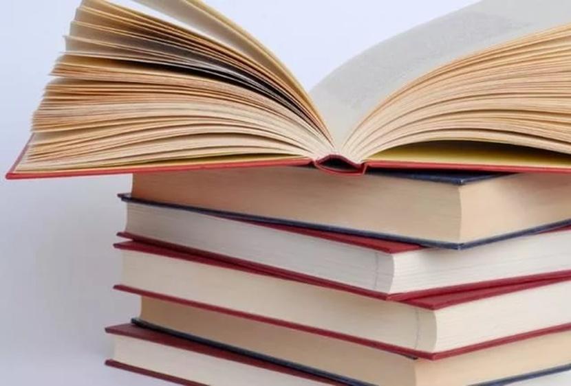 28 мая 2020 года присвоен гриф УМО по педагогическому образованию