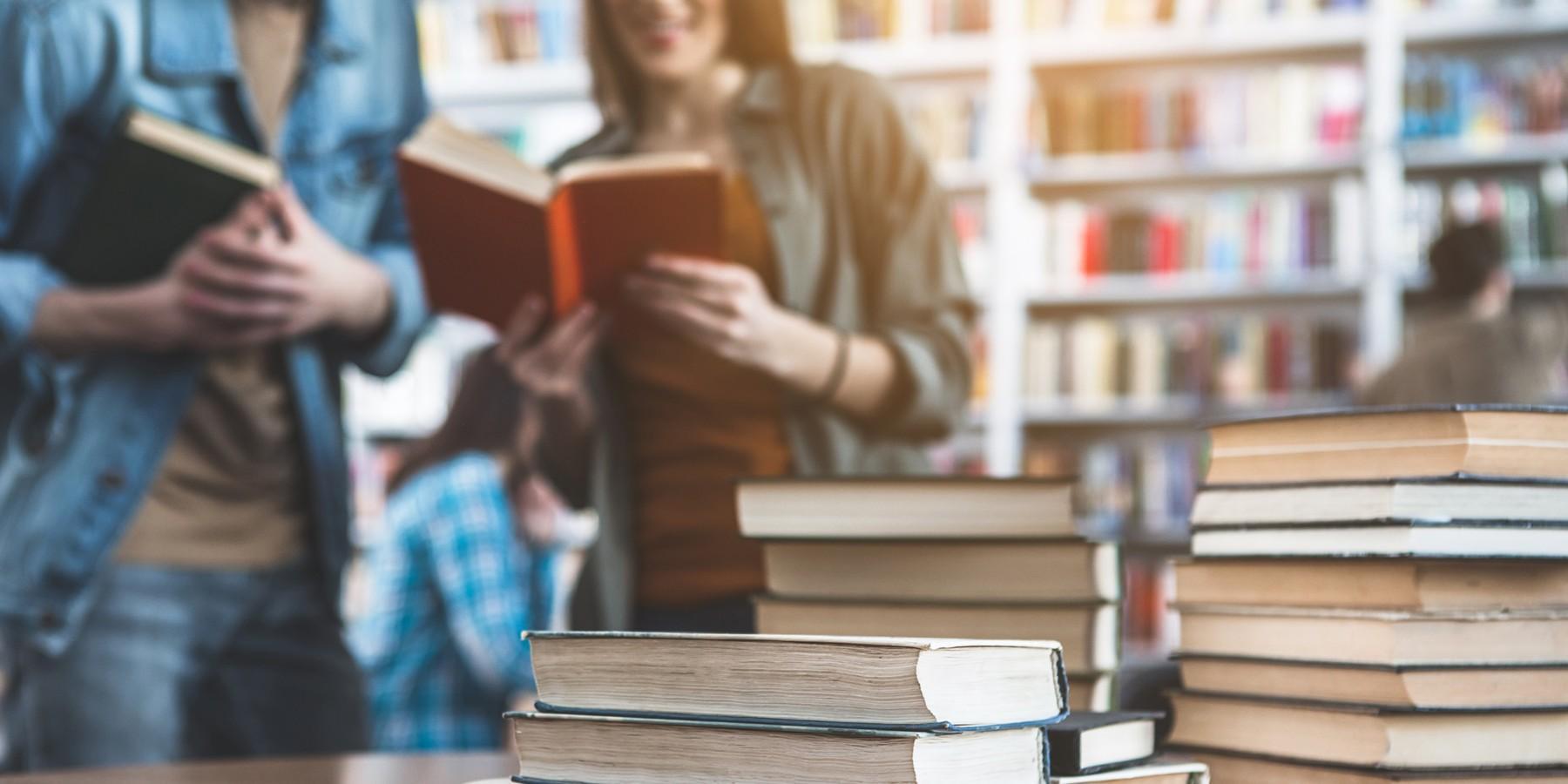 28 сентября 2020 года присвоен гриф УМО по педагогическому образованию